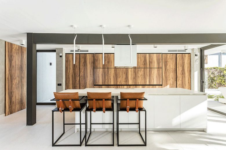 314bcn-casa-moderna-stella-cocina-oculta